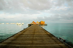 Maldives-Boots-Anlegestelle Lizenzfreie Stockfotografie