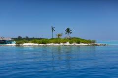 maldives Isla tropical Centro turístico de los chalets del agua Foto de archivo libre de regalías