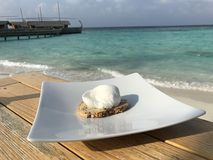 Maldives - Luxury Breakfast by the sea and beach Stock Photos