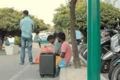 Maldivian ludzie na ulicie zdjęcie stock