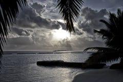 Maldivisk solnedgång Arkivbilder