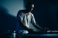 Male dj in club Royalty Free Stock Photography
