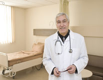 Male Doctor smiling Royalty Free Stock Photography