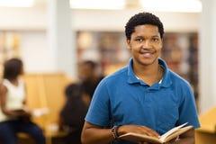 Male högskolestudent Royaltyfri Bild