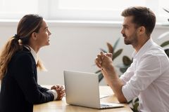 Free Male Hr Employer Talk To Female Applicant At Job Interview Royalty Free Stock Photo - 144846415