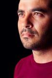 Male man med en allvarlig look Fotografering för Bildbyråer