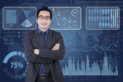 Male manager with financial statistics screen Royalty Free Stock Photos