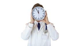 male medicinskt tryck för doktor som under belastas tid royaltyfri bild