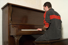 Male Playing Piano Royalty Free Stock Photography