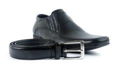 Male sko med bältet Royaltyfri Foto
