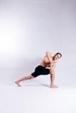Male yoga modellerar Arkivfoton