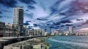 Malecon linia horyzontu Dramatyczny Hawański Kuba Zdjęcie Stock