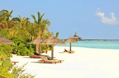 Malediven-Strandansicht lizenzfreies stockfoto