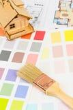 Malen Sie Farbbeispielkatalog mit der Bürste und zeichnen Lizenzfreie Stockfotografie
