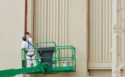 Maler auf Aufzug Lizenzfreie Stockbilder