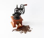 Maler manuellt kaffe för tappning Arkivbild