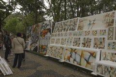 Malereien für Verkauf in Embu DAS Artes Lizenzfreies Stockfoto