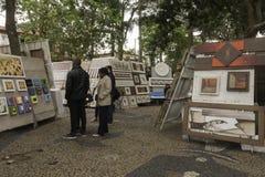 Malereien für Verkauf in Embu DAS Artes Stockfotografie