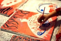 Malereipartei - Addieren von mehr Locken Lizenzfreie Stockfotografie
