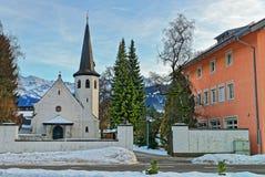 Malerische alte Kirche in Garmisch-Partenkirchen Stockfotos