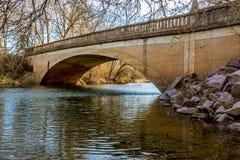 Malerische alte Pennington-Nebenfluss-Brücke in Oklahoma Stockfotografie