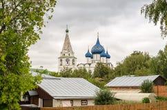 Malerische Ansicht des Suzdal der Kreml, Russland Goldener Ring von Russland Stockbild
