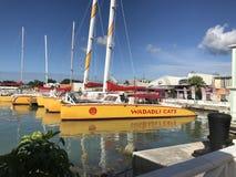 Malerische Ansicht von Segel-Booten am Dock Stockbild