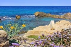 Malerische Bucht in Achziv, Nationalpark von Israel Lizenzfreies Stockbild
