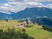 Malerische erhöhte Ansicht zu Mittelberg, Monte di Mezzo, Ritten, Süd-Tirol, Italien Lizenzfreie Stockfotos