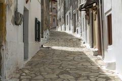 Malerische Gasse in Griechenland lizenzfreies stockfoto