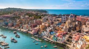 Malerische Insel von Procida lizenzfreies stockbild