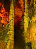 Malerische Karstfunktionen belichtet in der Höhle, Postojna-grotte lizenzfreie stockfotos