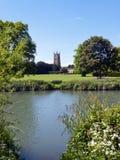 Malerische Kirche Cotswolds, Cirencester und Park Lizenzfreies Stockbild