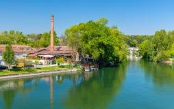Malerische Landschaft des Charente-Flusses am Kognak, Frankreich stockfotos