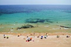 Malerische Landschaft des sandigen Strandes in Calpe, Spanien Lizenzfreies Stockfoto