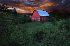 Malerische rote Scheune in ländlichem in Palouse Washington Lizenzfreies Stockfoto
