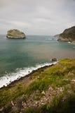 Malerischer BesuchsMeerblick der atlantischen Küste in San Juan de Gaztelugatxe, baskisches Land, Spanien Stockfoto