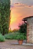Malerischer italienischer Garten stockbild