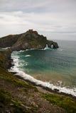 Malerischer Meerblick der atlantischen Küste in San Juan de Gaztelugatxe, baskisches Land, Spanien Lizenzfreies Stockfoto