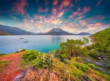 Malerischer Mittelmeermeerblick in der Türkei Stockfoto