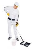 Malerlackrollenwanne auf weißem Hintergrund Lizenzfreies Stockfoto