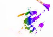 Malerpinsel und gemischter Acryllack Lizenzfreie Stockbilder