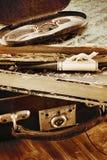 Maleta de cuero con los libros viejos Fotografía de archivo