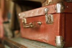 Maleta marrón vieja de la vendimia Imagen de archivo libre de regalías