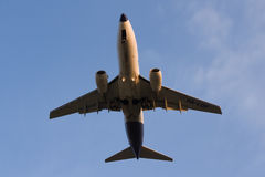 Malev Boeing 737-700 HA-LOP short before landing at Ferihegy Liszt Ferenc Airport Stock Photography