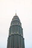 Malezja - 12 2017 Luty: Petronas wierza symbol Kuala lum Zdjęcia Royalty Free