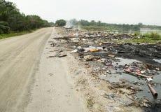 Malezyjska rzeczywistość: zanieczyszczać grat w naturze Obraz Stock