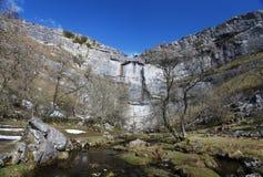 Malham liten vik i de Yorkshire dalarna Royaltyfria Foton