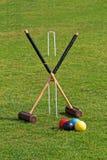 Malhos de cróquete prontos para um jogo Imagem de Stock
