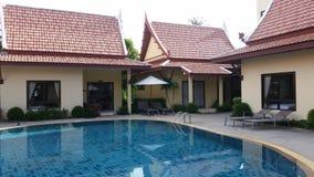 Mali budynki z pływackim basenem Fotografia Royalty Free